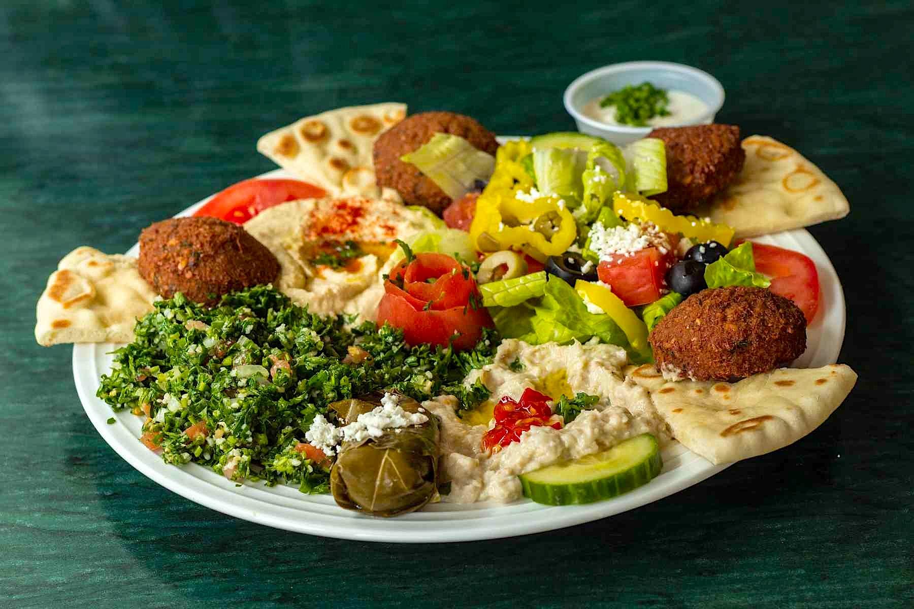 Raleigh-Mediterranean-Restaurant-Mona-Pita-Platter-3